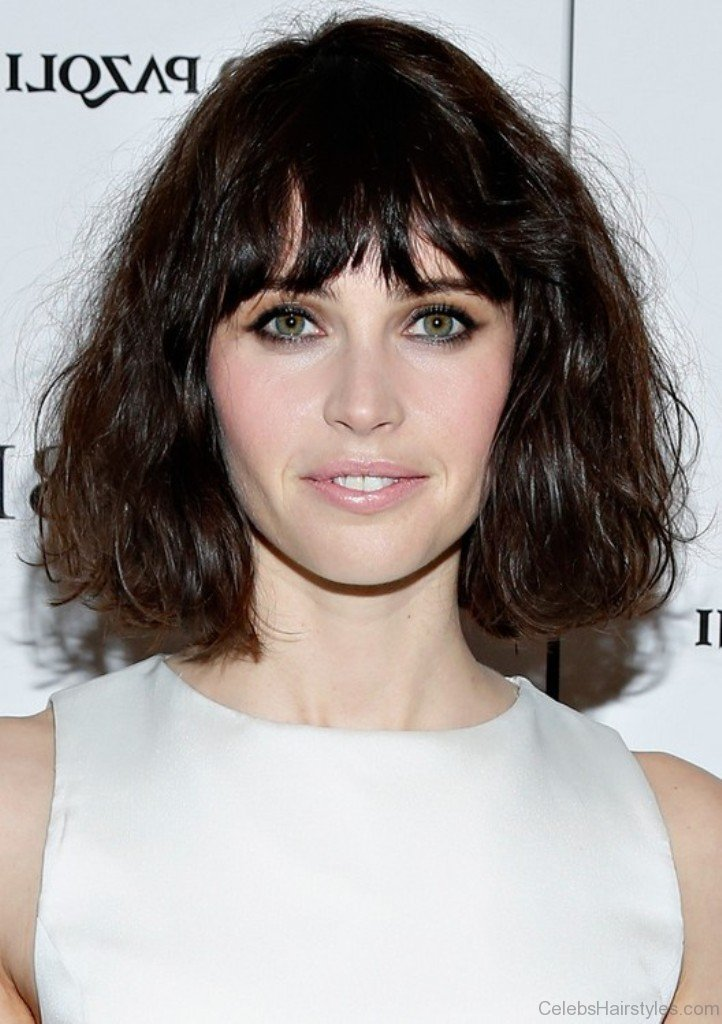 choppy haircut with bangs 52 attractive hairstyles of felicity jones 6011